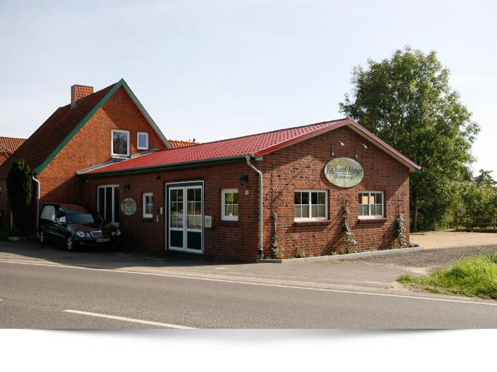 Before-Gebäude